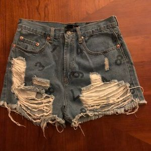 F21 distressed destroy high waisted jean shirts M